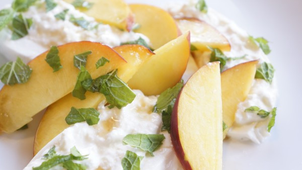 peaches and burrata with pear balsamic
